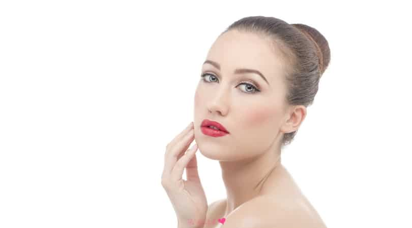 10 Powerful Anti Aging Supplements to Include in Your Diet and Skincare Routine